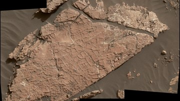 NASA Rover Finds Evidence of Ancient Ponds in Mars' Gale Crater