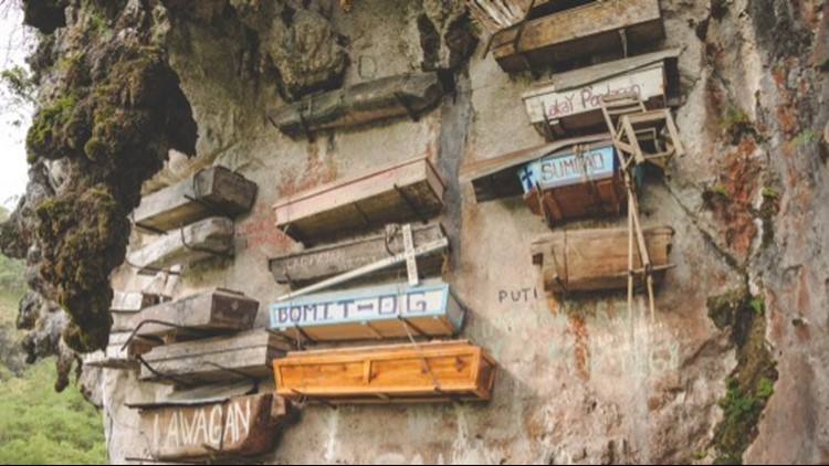 Check Out These Creepy Coffins Hang From Cliffs in the Philippines