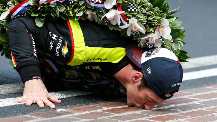 IndyCar Indy 500 Auto Racing kissing the bricks