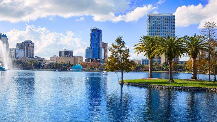 Top 10 Thanksgiving travel destinations show that many people are looking to escape the cold