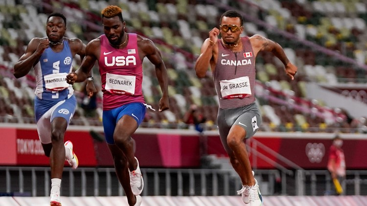 Did USA sweep the men's 200m in Tokyo?