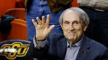 Eddie Sutton, Hall of Fame basketball coach, dies at 84