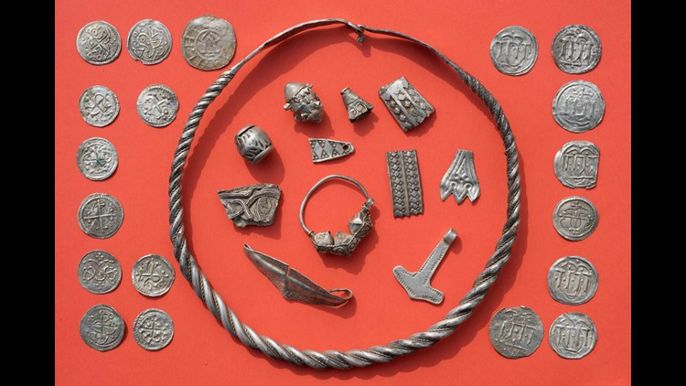 In Germany discovered a stash of treasure of the Vikings