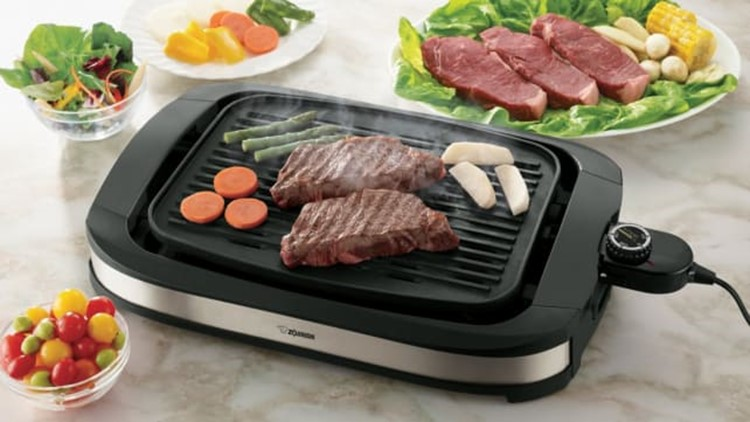 best-kitchen-gifts-2018-zojirushi-indoor-grill.jpg