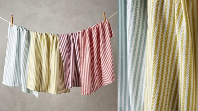 best-kitchen-gifts-2018-baker-stripe-dish-towels.jpg