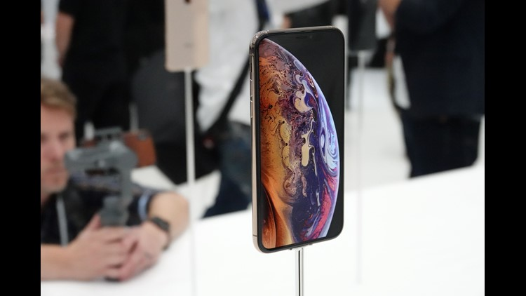 The new iPhone is confirmed in the gadget of two SIM-cards