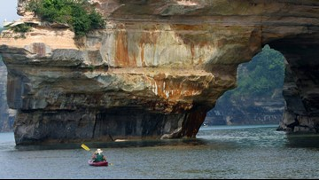 Lucky to be alive: Watch as Lake Superior cliff collapse narrowly misses kayakers