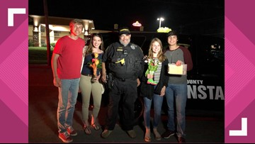 Pulled over promposal: Teens ticket their girlfriends to ask them to the dance