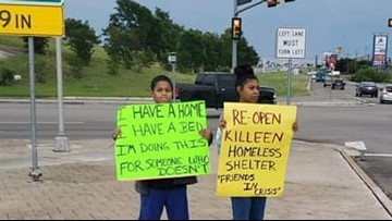 Central Texas Spotlight: Killeen family hopes to help homeless by using signs