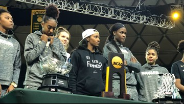 Fans welcome home National Champion Lady Bears at the Ferrell Center