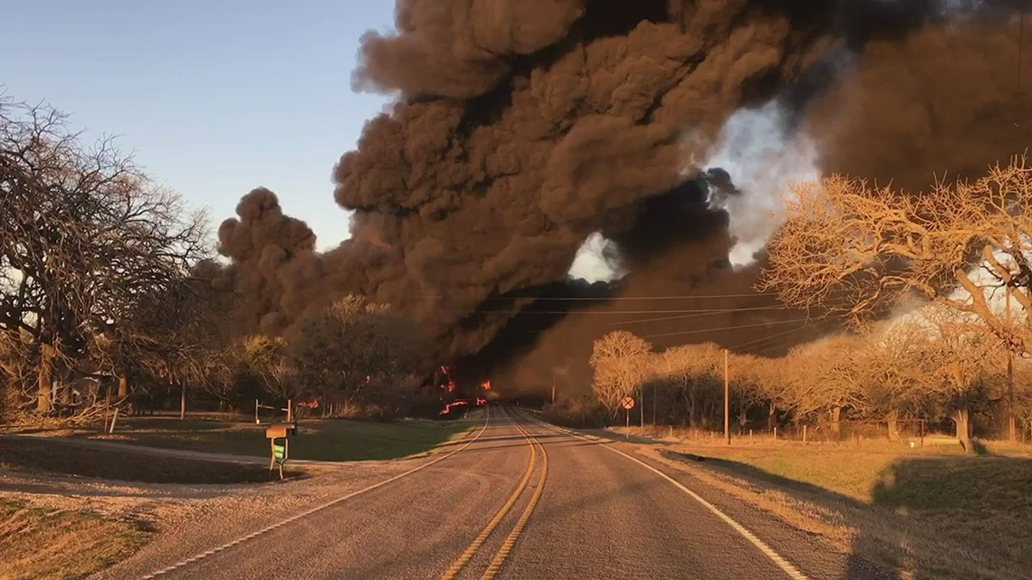 Sheriff: Steer clear of roads near explosion fire, still active