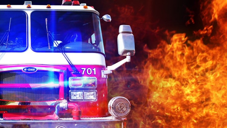 3 people displaced after early morning structure fire in Temple