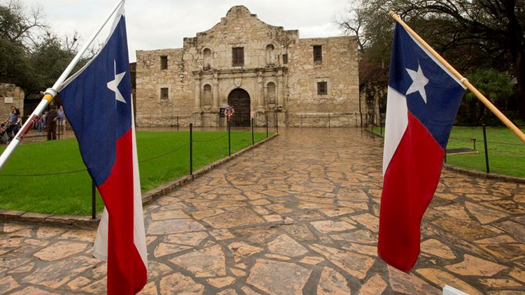 Alamo_and_Texas_flags_MKC_TT_1536357167538-263652510.jpg