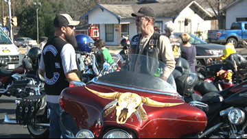 Motorcycle clubs bring Christmas spirit to Central Texas