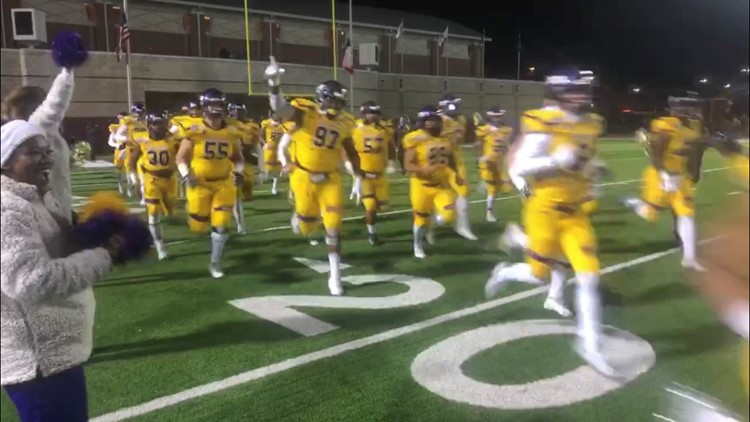UMHB Football wins Stagg Bowl for school's second national title