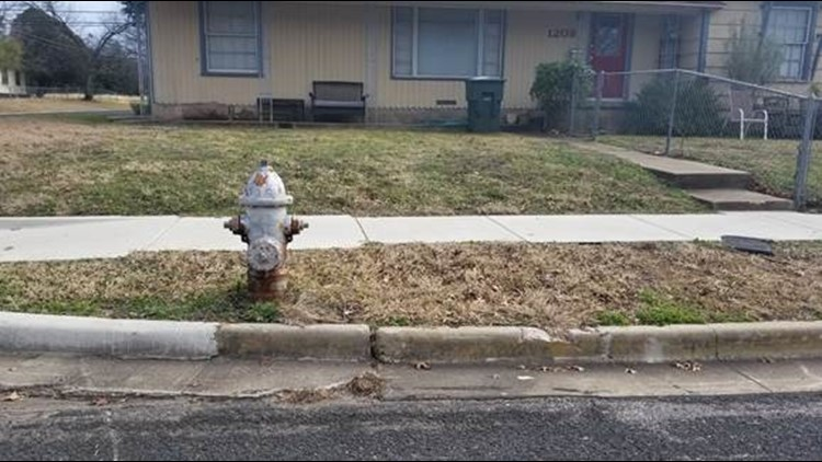 Hydrant at 1208 Alexander Dr in Killeen