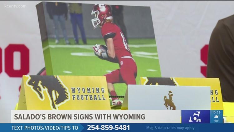 Salado running back signs with Wyoming Cowboys