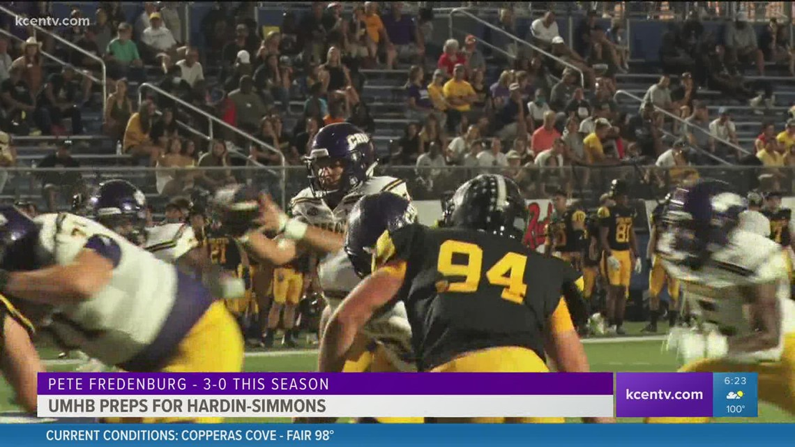 UMHB football preps for Hardin-Simmons