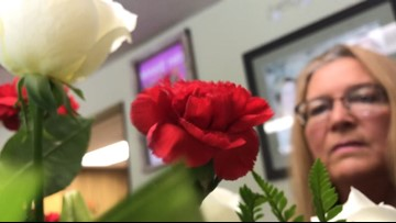 Flowers for the Fallen: Copperas Cove woman prepares bouquets for unaccompanied burials