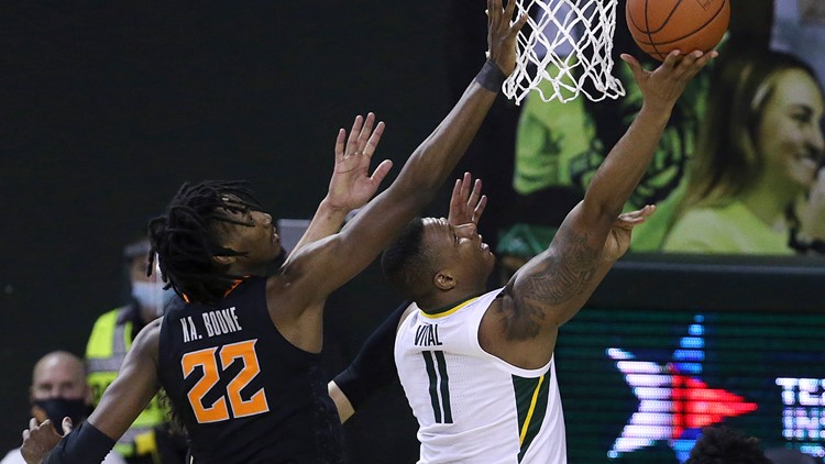 No. 3 Baylor holds off Cunningham, No. 17 Oklahoma State