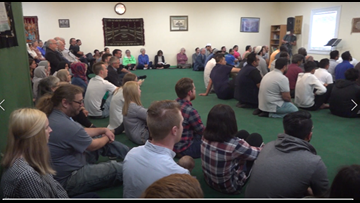 Islamic Center of Waco holds memorial prayer for New Zealand shooting victims