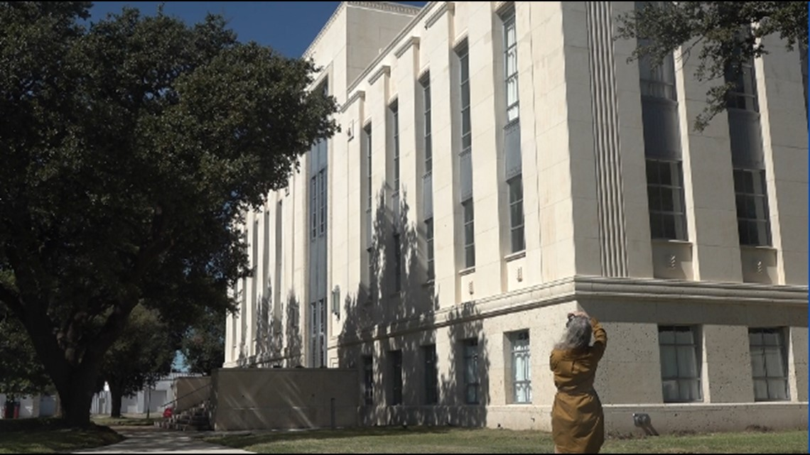 Falls County courthouse restored