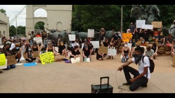 Hundreds rally, peacefully protest in Waco for justice for George Floyd, others killed by police brutality