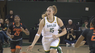 No. 2 Baylor uses big first half to cruise past Kansas