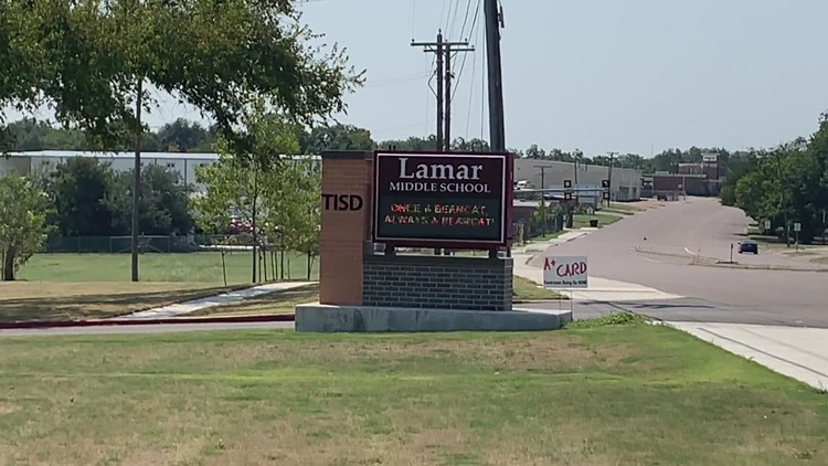 Lamar Middle School resumes classes after lockout over 'safety concern'