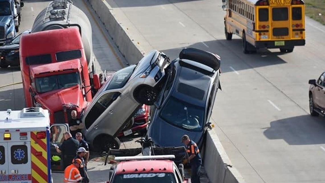 Temple police divert I-35 traffic after crash at Exit 304 | kcentv com