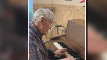 'God did that': Mexia pianist battling Parkinson's disease plays again