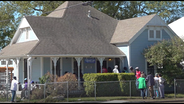 Food, faith, fellowship | Former drug house becomes place of peace for those in need