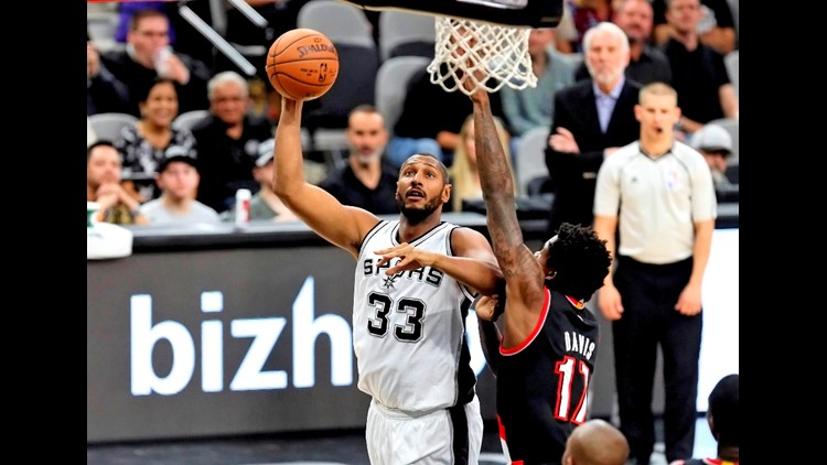 635834280174740980-BKN-Spurs-forward-Boris-Diaw-shoots-against-the-Blazers_75978528