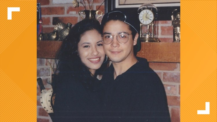 Chris Pérez shares a long-lost picture of Selena and a pepper sauce update