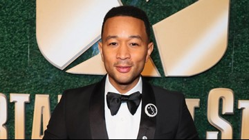 John Legend, Kelly Clarkson remake 'Baby, It's Cold Outside' to focus on consent