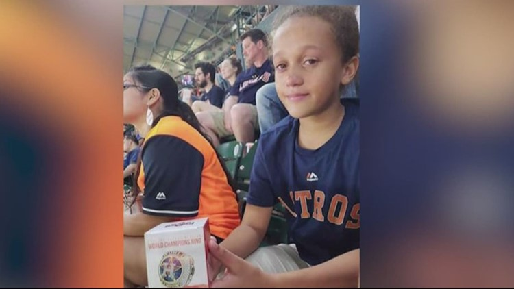 lost astros ring girl_1537468595630.jpg.jpg
