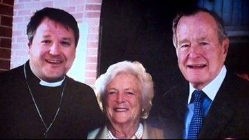 Longtime Bush family pastor talks about 41's final days