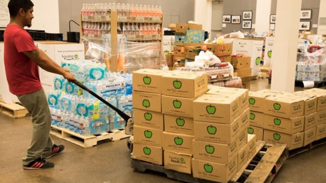 H-E-B delivers truckloads of food to Houston Food Bank after ammonia leak