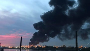 'We are not measuring a level that is cause for alarm,' Houston leaders say about Deer Park fire, plume