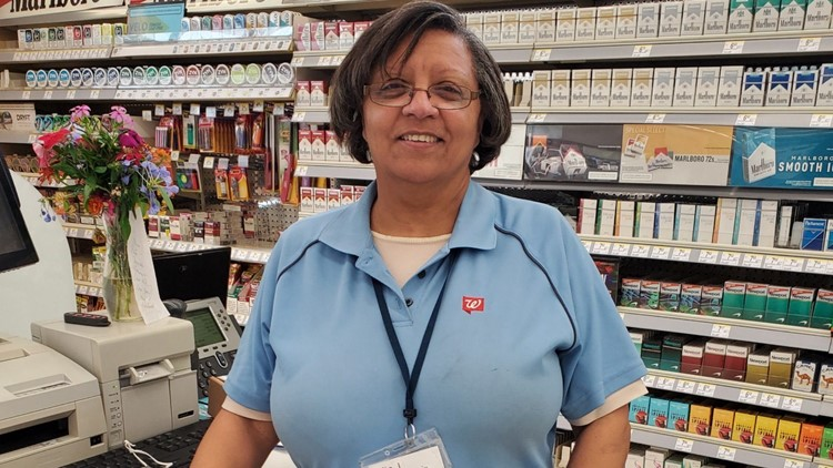 Walgreens cashier who used her last $20 to pay for customer's items inspires neighborhood to pay it forward