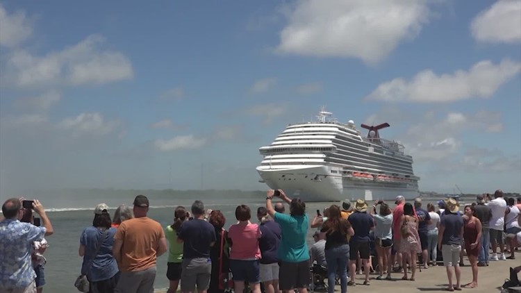 By law, no Texas business can require proof of vaccination — what this means for Galveston cruises