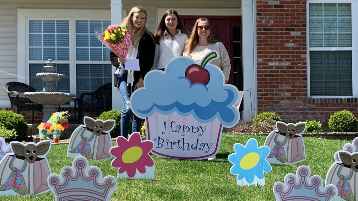 Friends Throw St Charles County Teen A Drive By Birthday Parade Kcentv Com