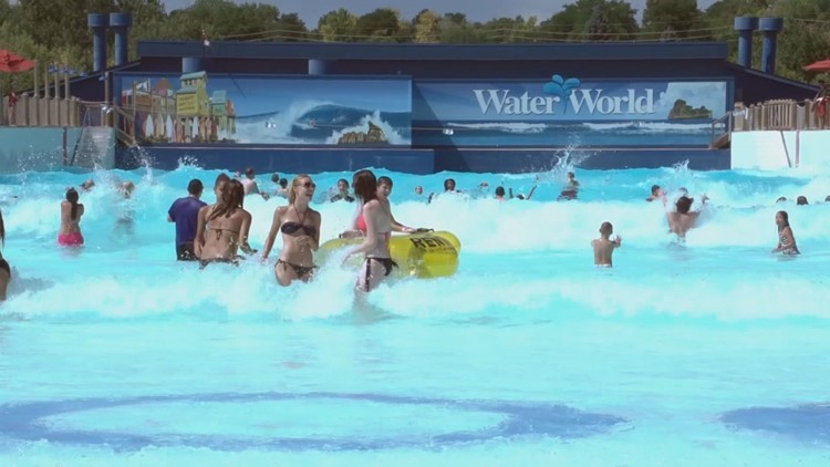 Water World  wave pool
