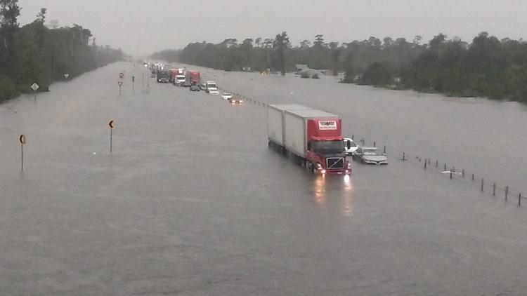 Southeast Texas communities still dealing with high floodwaters