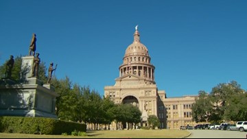 Members of Texas House pass first bills of the 86th session
