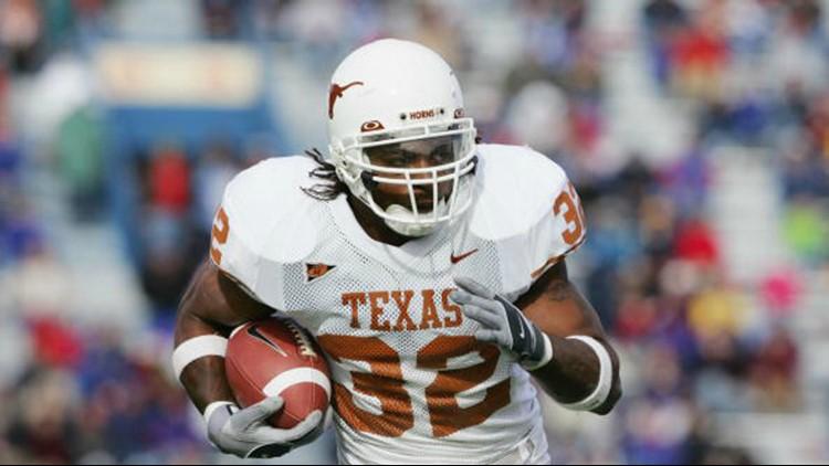 Former Longhorn, NFL running back Cedric Benson killed in Austin motorcycle crash