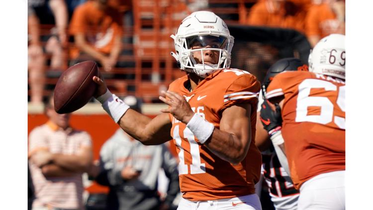 Longhorns fall to Oklahoma State after losing lead in 4th quarter