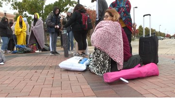 Fans brave a cold overnight campout to see Twenty One Pilots at Dickies Arena