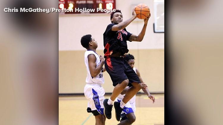 Sidney Gilstrap-Portley, a.k.a. Rashun Richardson, plays in a playoff basketball game for Hillcrest high School. Photo: Chris McGathey/Preston Hollow People