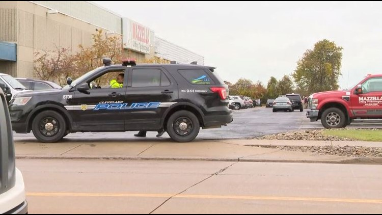 Bomb threat cleared near I-X Center hours before President Trump rally